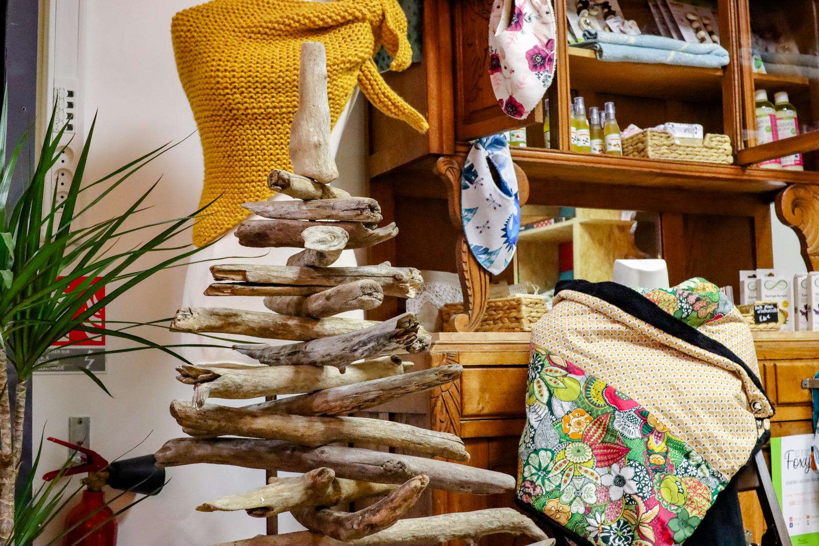 Objets artisanaux à Sommières, Gard